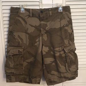 Sonoma Men's Dark Green Camo Cargo Shorts